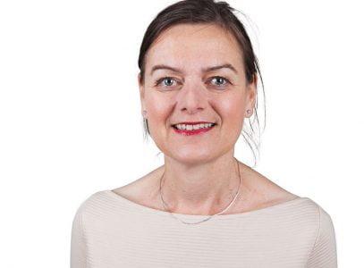 Corinne Berhitu, Stimulansz